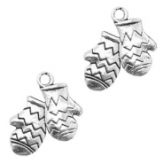 Metal charms cloves Silver