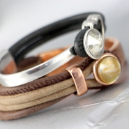 Inspirational Sets Fashionable jewellery with faux leather