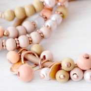 NEW New online! Trendy coloured wooden beads