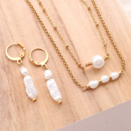 NEW NEW: shop these lovely freshwater pearls