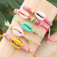 NEW Beach ready: trendy bracelets cowrie