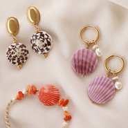 NEW Stylish new collection shell beads