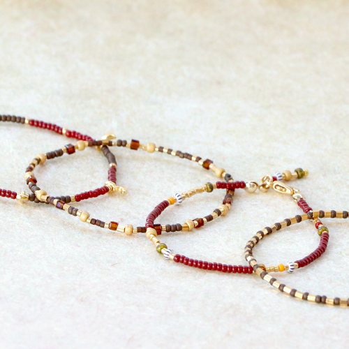 Make trendy bracelets with Miyuki beads