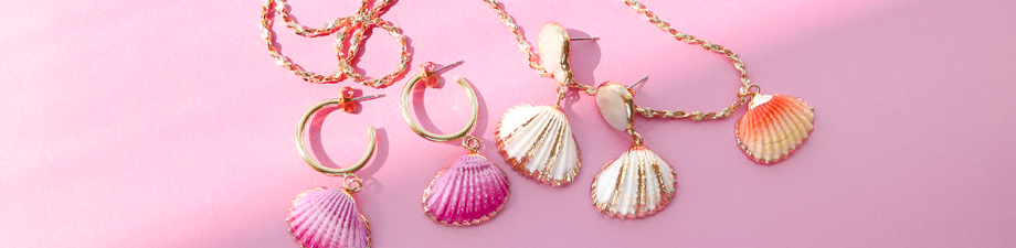 Shell pendants in new summer colours!